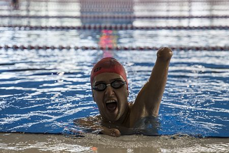 Bursiyerlerimizden Hamit Demir, Uluslararası Yüzme Turnuvası'nda 3. oldu.